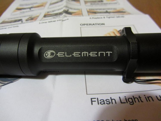 Review Elment Cyclops Flashlight Marking detail