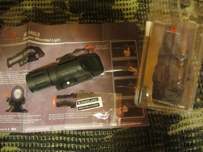 Unboxing Night Evolution Weapon Mounted Light