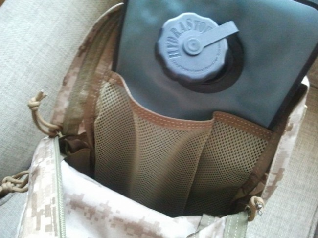 Review Flyye MBSS camelbak