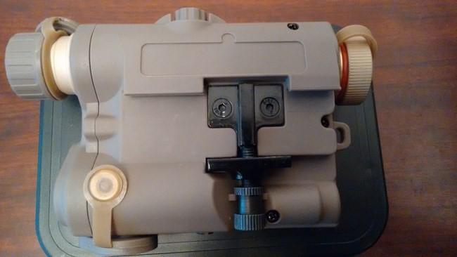FMA LA-5 rail clamp