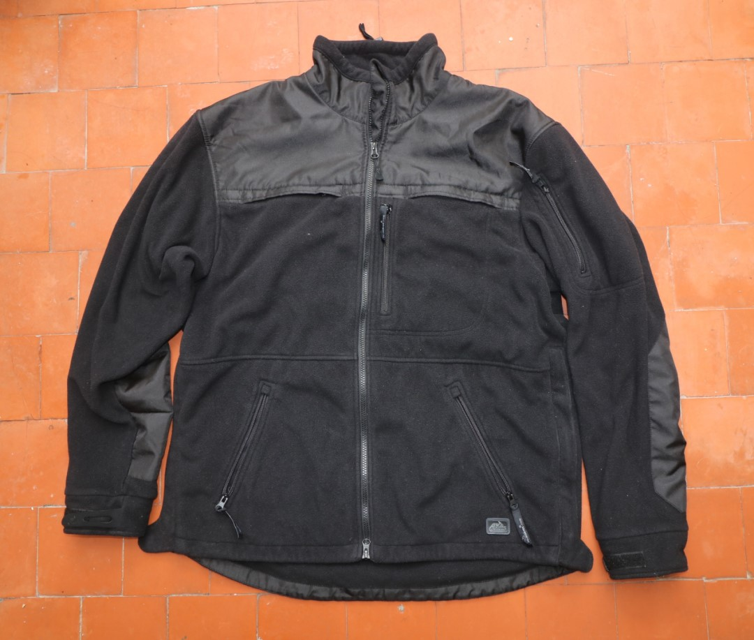 Defender jacket general view